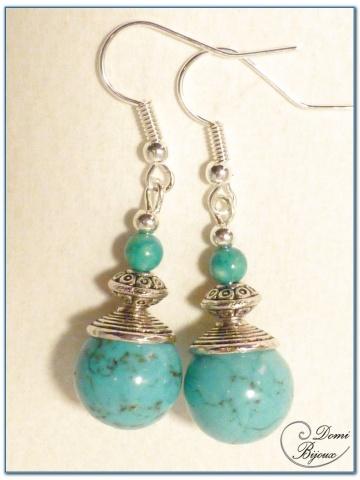 boucle d'oreille fantaisie finition argenté perles howlite turquoise 12mm