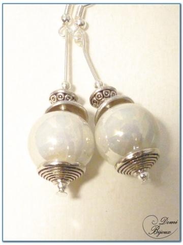 Boucles d'oreilles fantaisie argenté perle céramique nacrée 14mm
