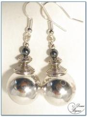 Boucle Oreille fantaisie argentée perle metal