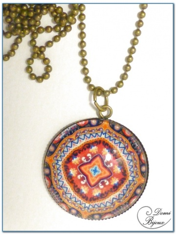 Collier fantaisie finition bronze cabochon mandala