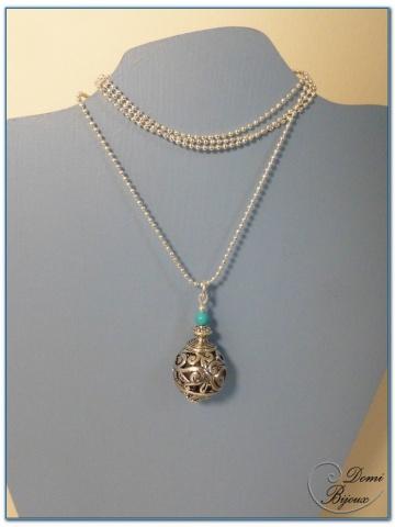 collier fantaisie finition argente boule filigrane 18mm et onyx