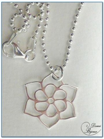 silver necklace lotus flower pendant 20 mm