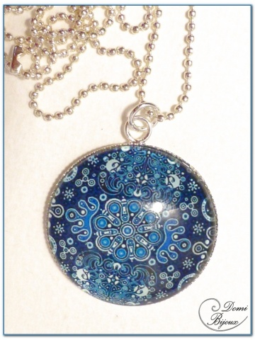 Fashion necklace silver finish 30 mm blue mandala cabochon