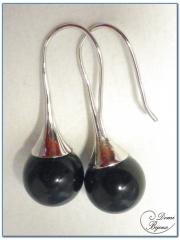 silver earrings onyx pearl 12mm on tulip frame