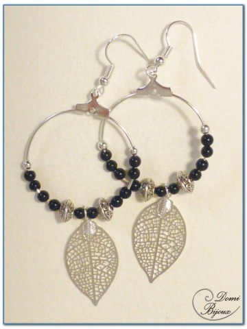 fashion earrings silver finish creole onyx pearl and filigree leaf