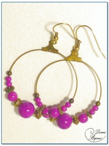 fashion creole earrings 40 mm diameter bronze finish glass beads fushia colour