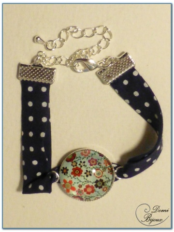 fashion bracelet silver finish with cabochon and liberty cloth-1