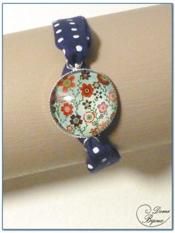 bracelet fantaisie cabochon finition argenté et tissu liberty- 1