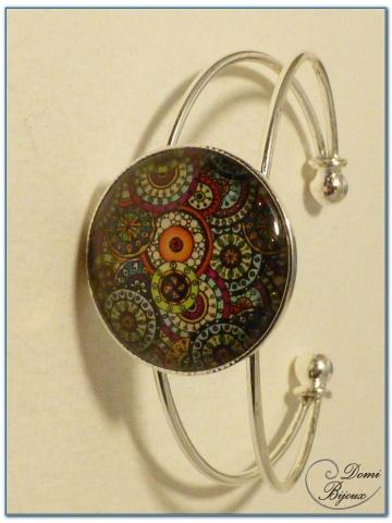 bracelet fantaisie cabochon finition argenté monture rigide-1