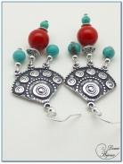 Boucle Oreille fantaisie argentée ethnique perles turquoise et jade rouge