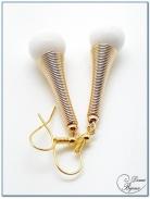 boucle d'oreille fantaisie doré cône spirale et perles de benitier 12mm
